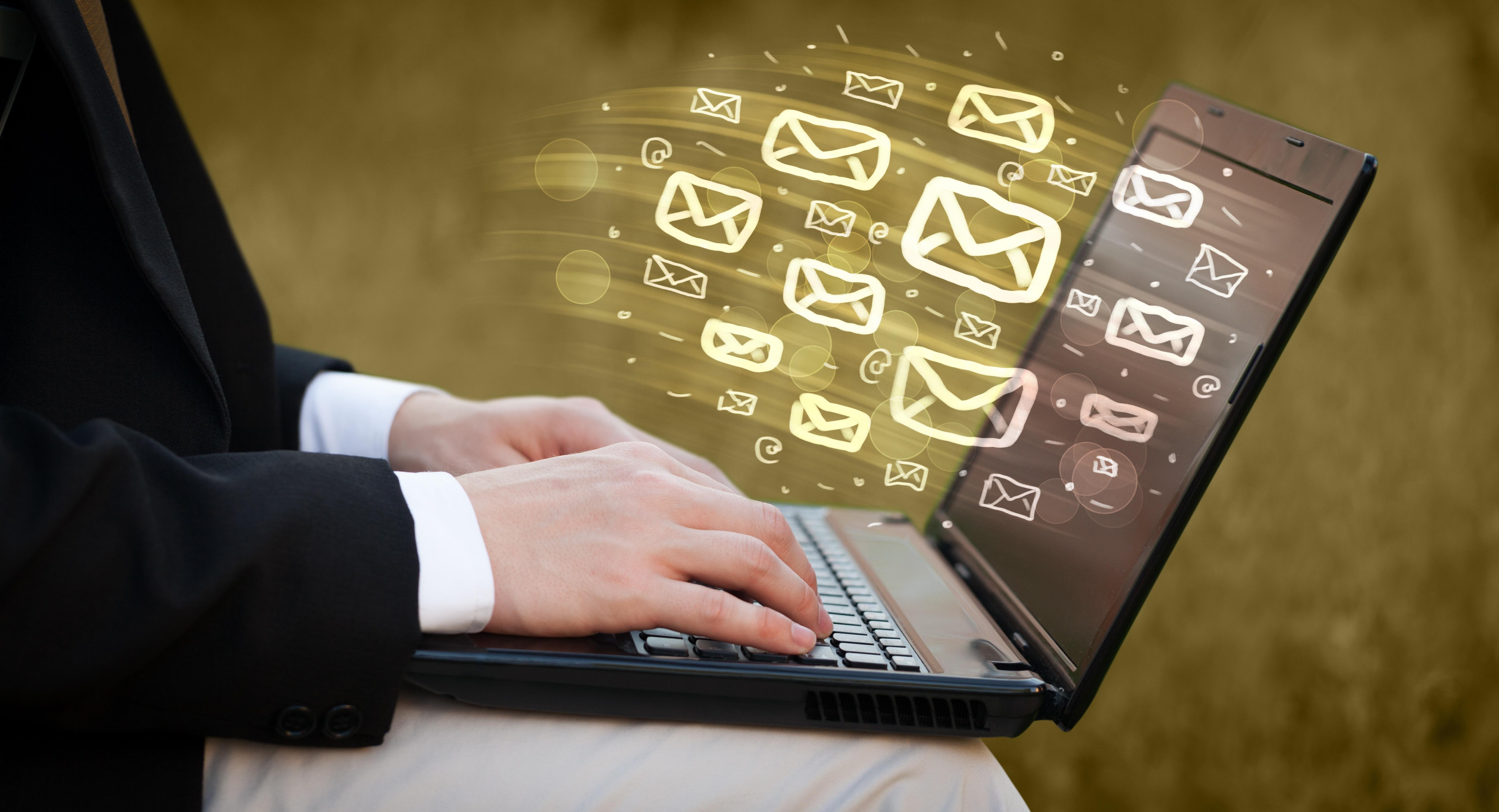 Digitaler Nachlass – Teil I – Sind Vertragsverhältnisse zu Providern sowie die Rechte an den zugehörigen online gespeicherten Daten nach § 1922 Abs. 1 BGB vererblich?