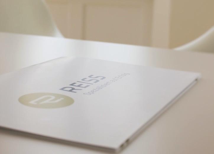 Wir geben Ihnen den vollen Überblick – Unsere Kanzlei Broschüre